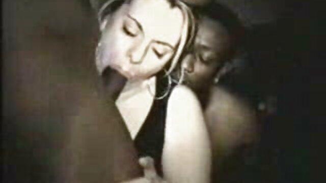 अश्लील कोई पंजीकरण  मिया सेक्सी पिक्चर भेजो वीडियो में मुश्किल से चोदता है